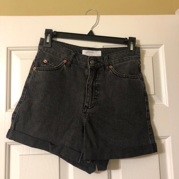 Topshop Pants - Topshop mom short in washed black!
